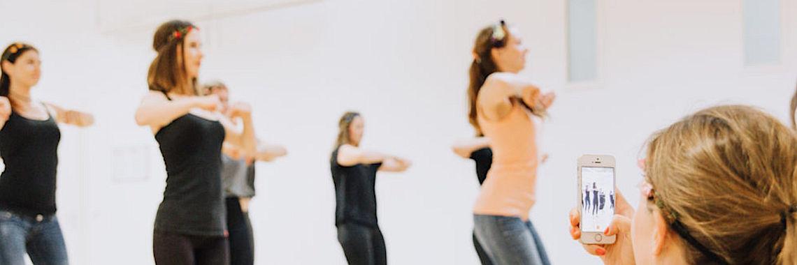 Junggesellinnenabschied mit Tanz, Salsa und Bachata in Köln